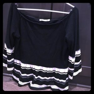 Cute boat-neck tee NEVER worn!